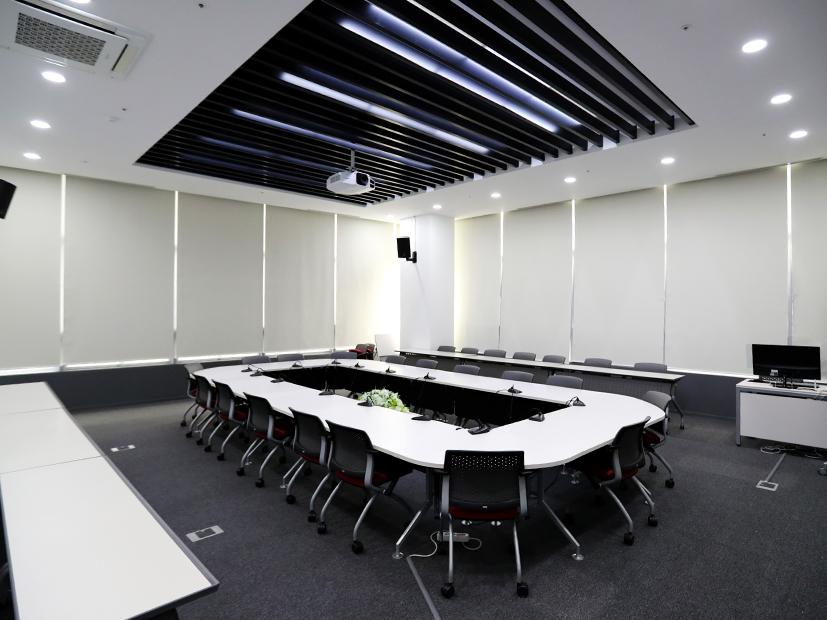 회의실2.jpg
